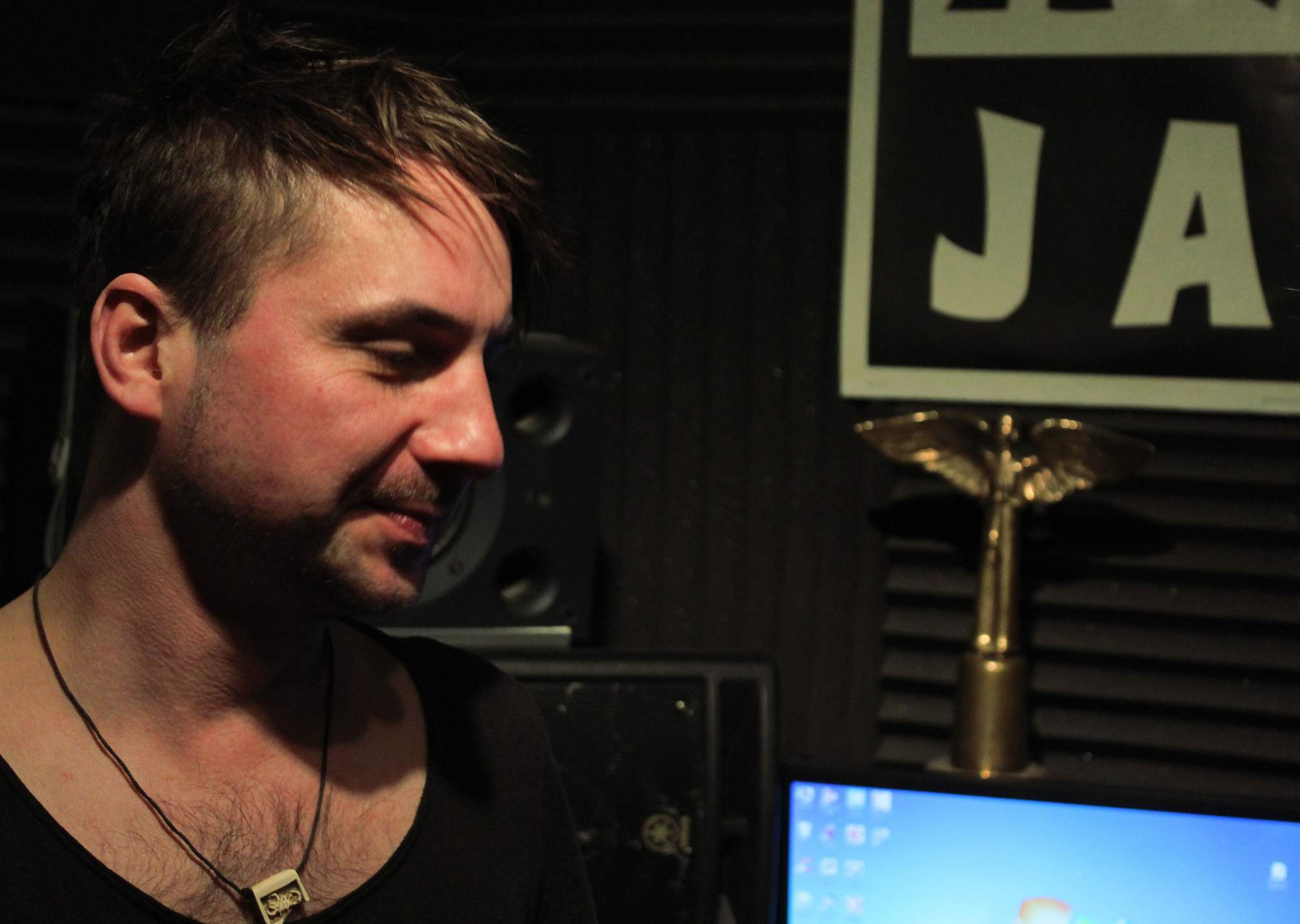 Producent Aleš Zenkl ve svém nahrávacím studiu Elements DS. zdroj:Rudolf Požár