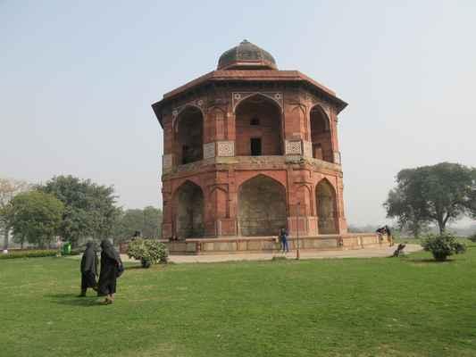 Stará pevnost Humayunova soukromá knihovna (Sher Mandal) Purana Qila a Hammam