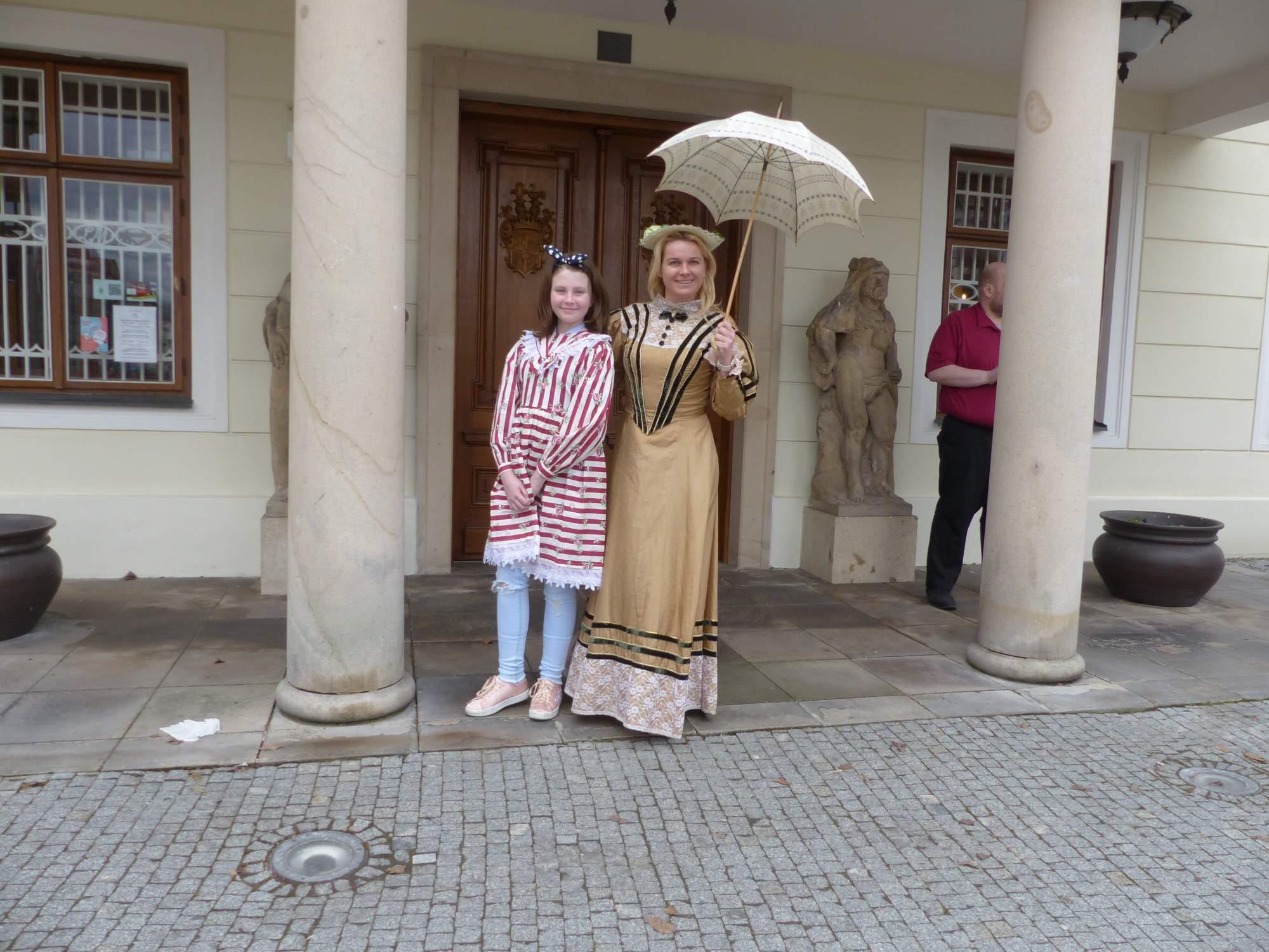Návštěvníci si zkoušeli dobové kostýmy, foto: Natálie Kuzmová