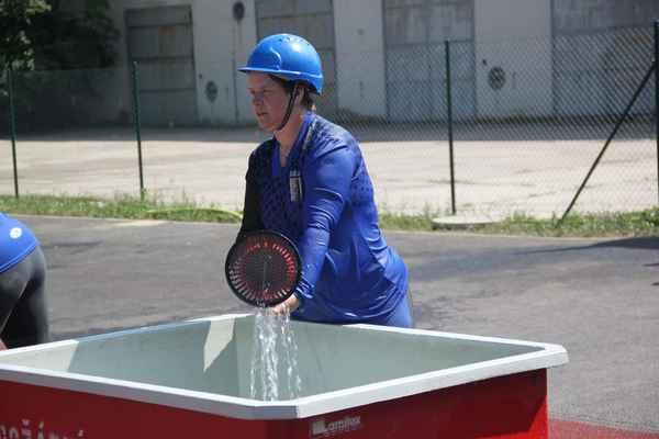 Hasičská soutěž v Hodonicích - Keywords: hasiči;sport