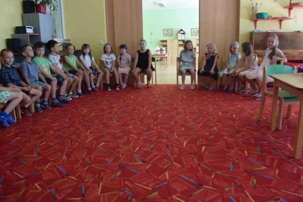 Rozloučení s předškoláky-logopedická a zelená třída.