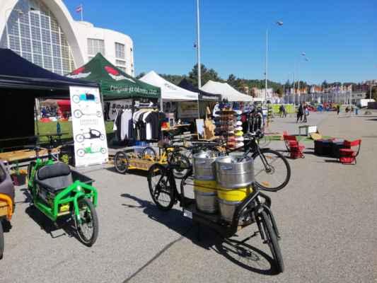 Nákladní kola cargobikes, která slouží jako alternativa pro převážení nákladu ve městech.