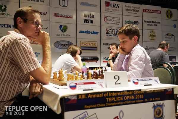1. round. GM Demchenko - J. Kusa.