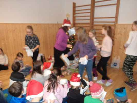Koledování a vánoce ve škole