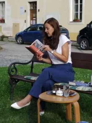 15.7.2021 - Beseda se spisovatelkou Janou Poncarovou
