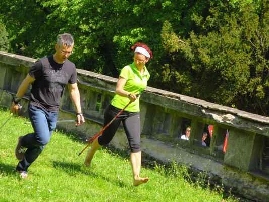 ..a vyzkoušíme Nordic Running :-)