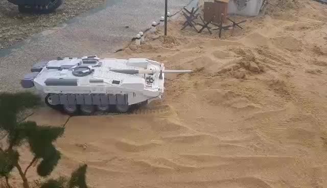 Zkouška - Zkouška jízdy a naklánění S-tanku